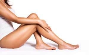 Unbehaarte Haut gilt vielen als Schönheitsideal, Fotolia ©Romolo Tavani